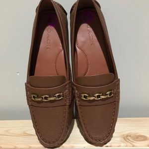 NWOT Coach Crosby Closed Toe Brown Loafers